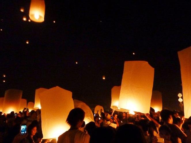 loy-kratong-lanterns
