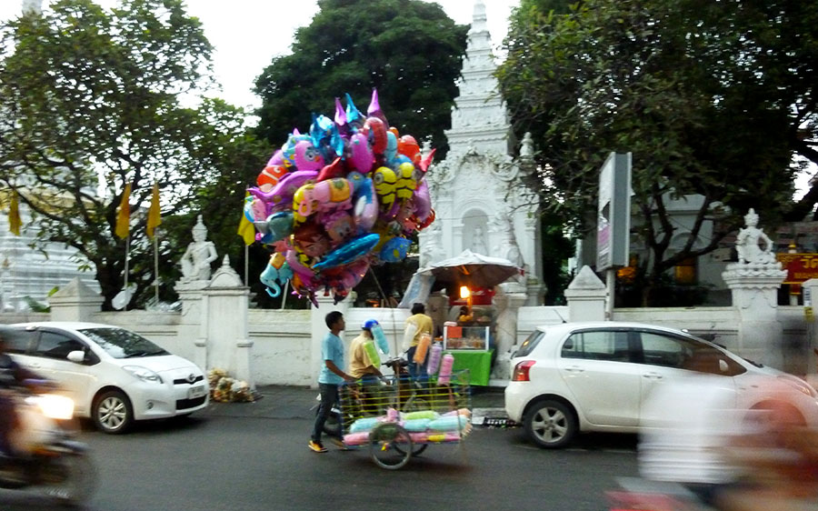 balloon seller in Chiang Mai