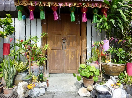 Loy Krathong decorated house