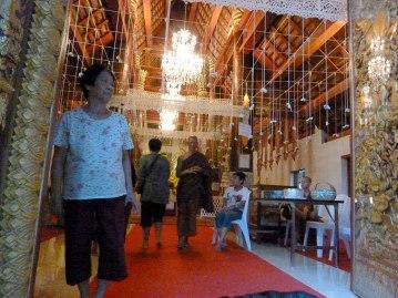 Waiting at Wat Mahawan. [Chiang Mai, Thailand, 2013]