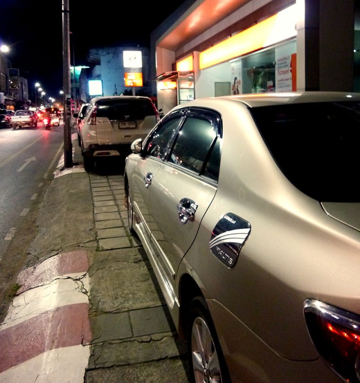 parking-on-the-sidewalk