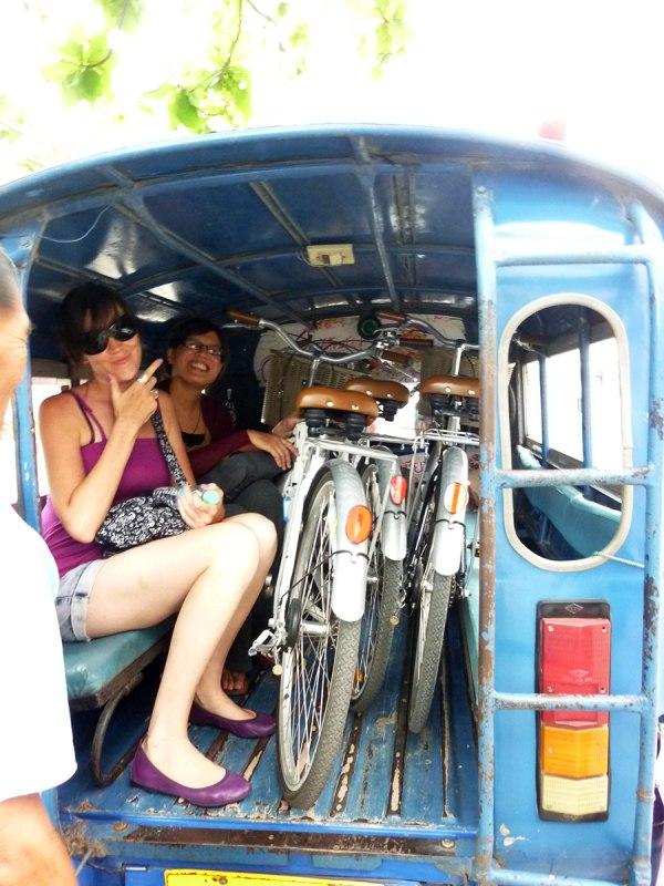 Blue songtaew Chiang Rai