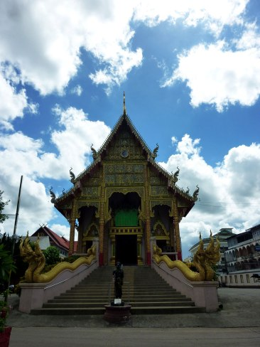 Wat Mung Muang was a surprise to stumble upon.