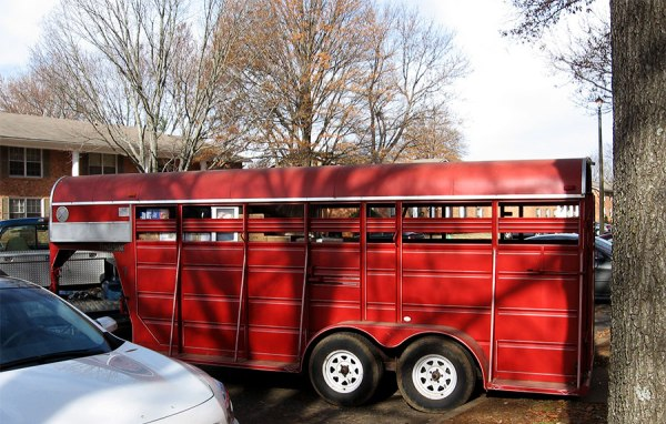 A horse trailer is a lot like a moving van and that's why we used it way back in 2008!