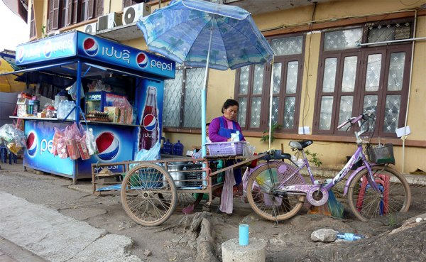 Vientiane bicycle cart