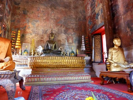 Ubon Ratchathani temple tour