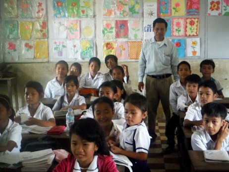 A very nice classroom we peeked into...