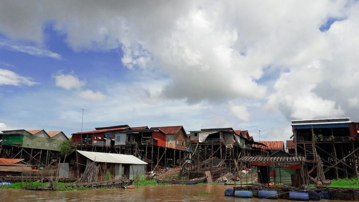 Tonle-Sap-stilt-houses