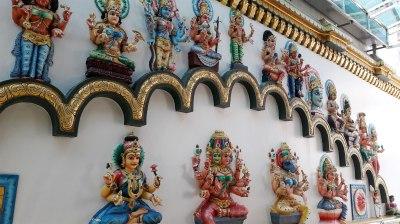 sri-maha-mariamman-temple-deities